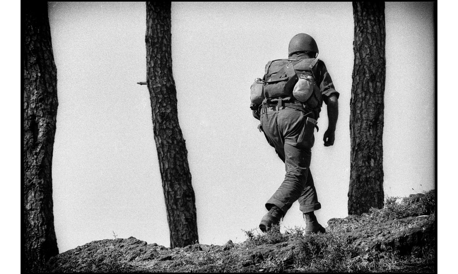 Israeli invasion of Lebanon, Front line. Peace in Galilee Operation. Southern Lebanon. Phalangist soldiers fighting along with the israeli army. June 6- July 16, 1982