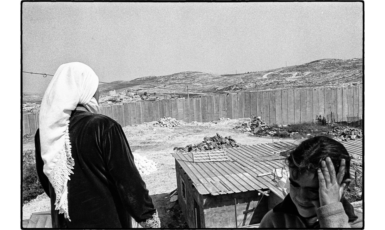 View from a home along Ramallah highway, outside jerusalem. March 2005.