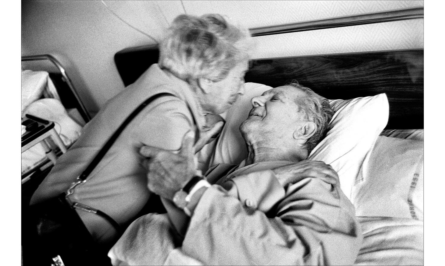 My mother is visiting my father at the hospital.It is the second time in my lifetime I see them kissing. Orsay, october 1999.
