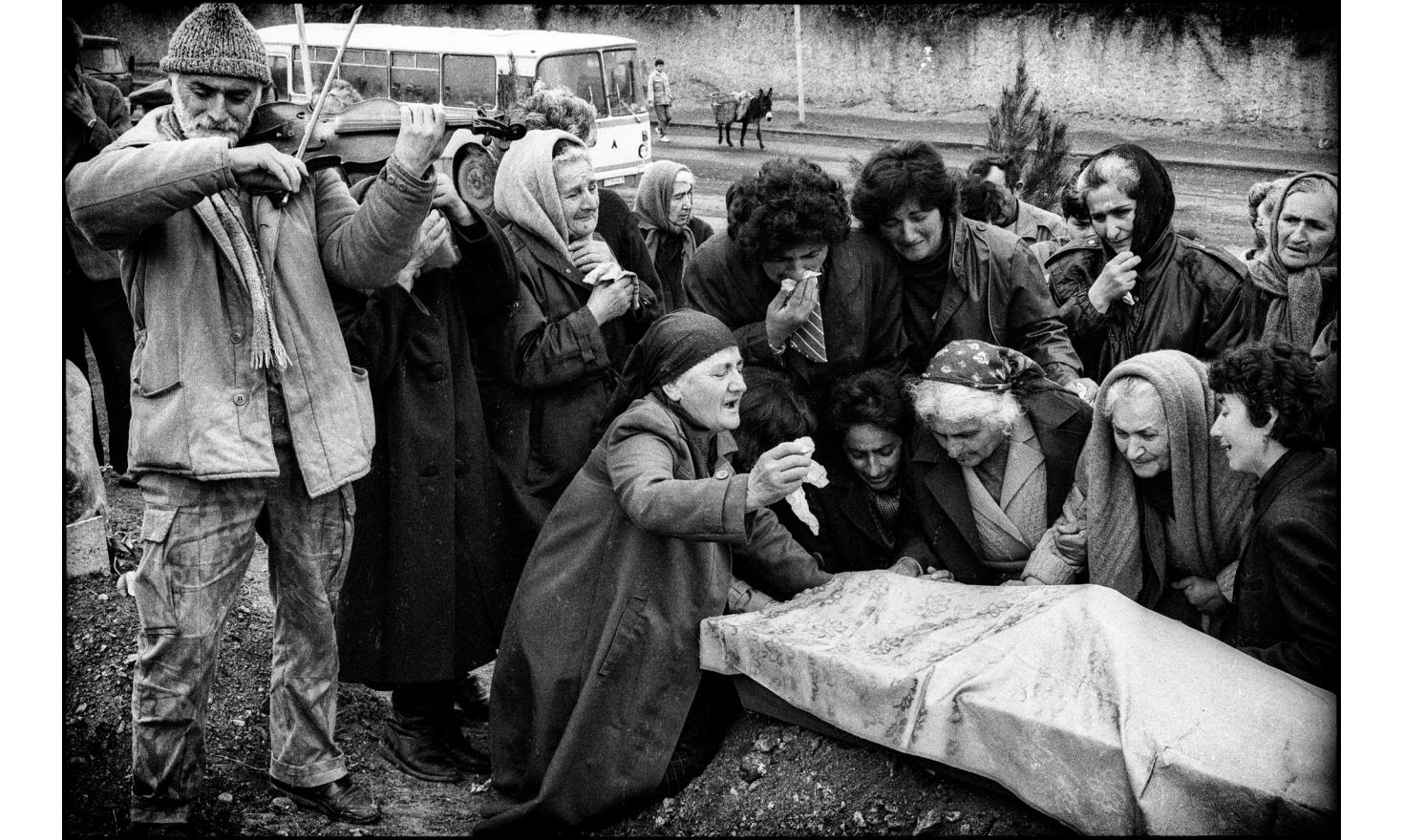 Funerals of an officer killed at the front line with the Azeri forces. Stepanakert, Nagorny Karabakh. 04-1994