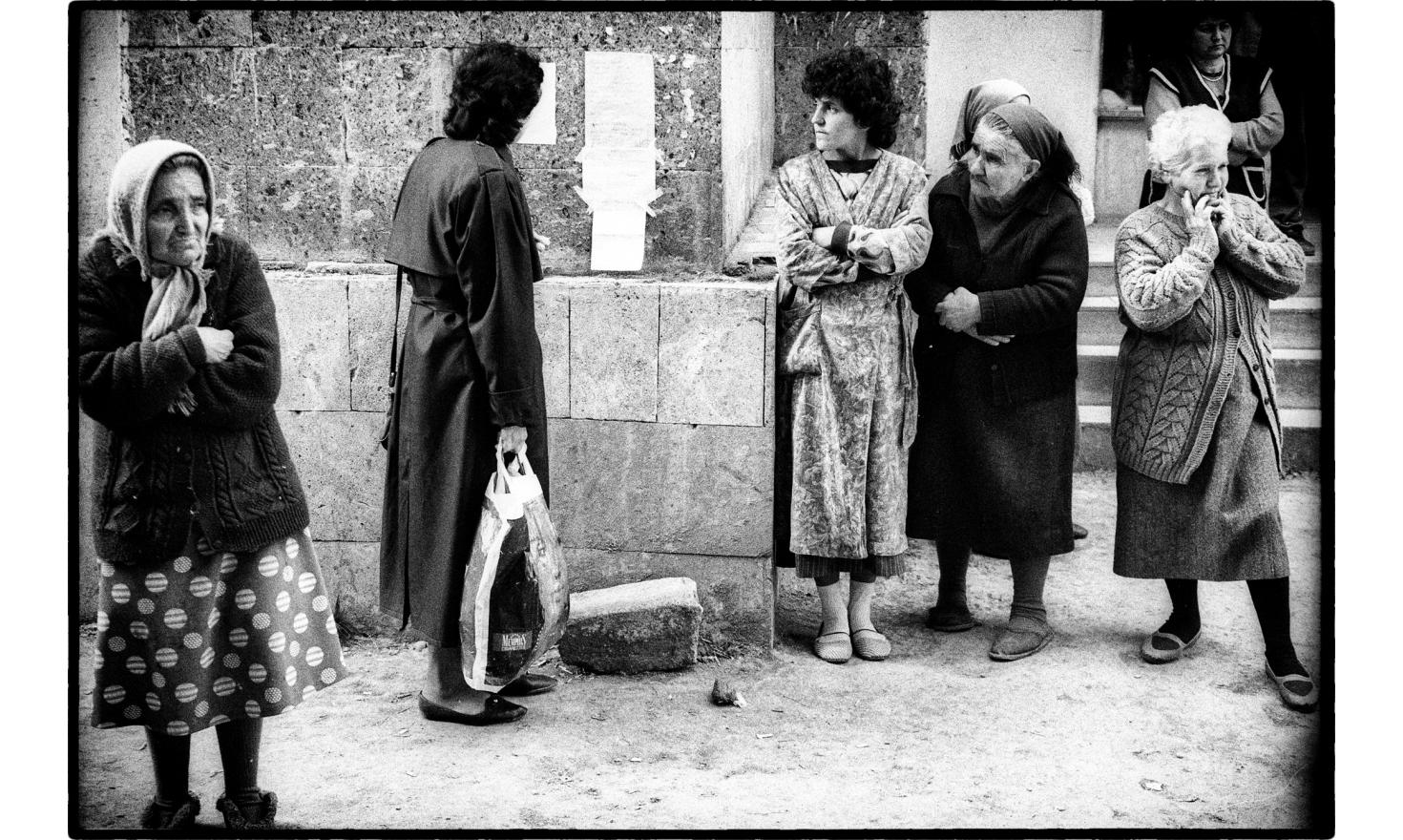 In the civilian hospital of Stepanakert, the list of the dead gets longer by the hour. Nagorny Karabakh. 04-1994