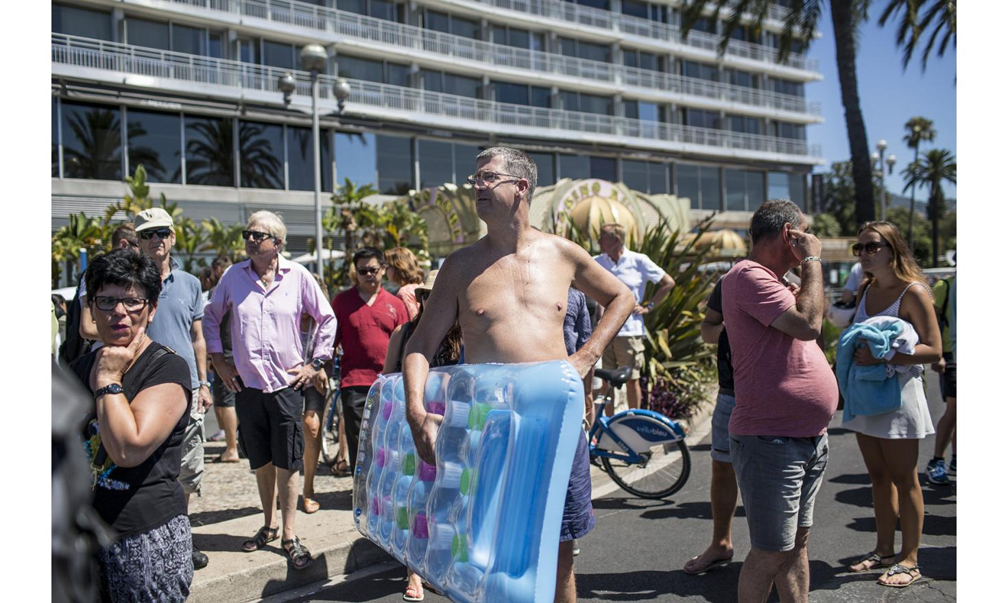 Nice, July 16, 2016. Around the Promenade des Anglais before reopening.