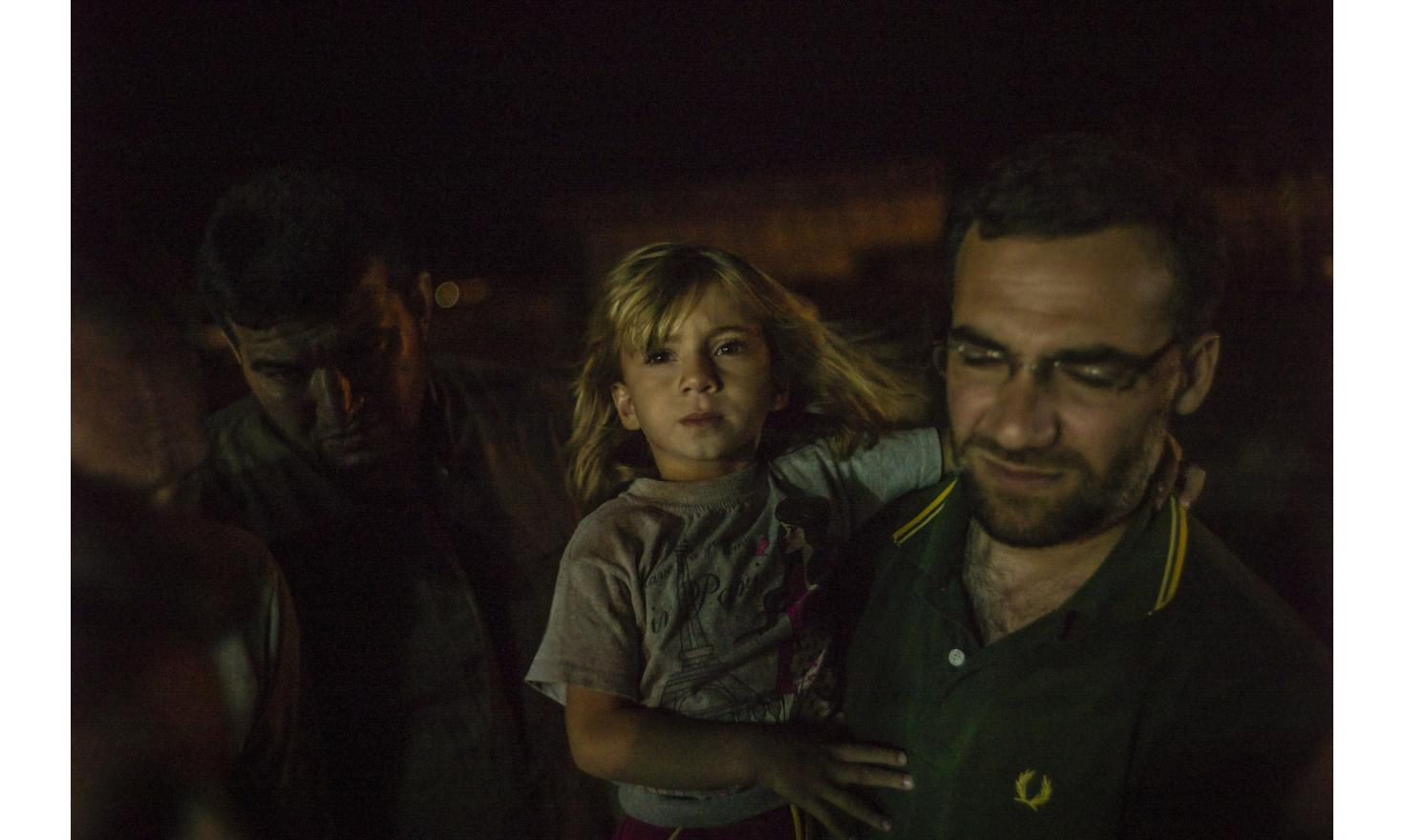 Refugees from Aleppo at the Turkisk border