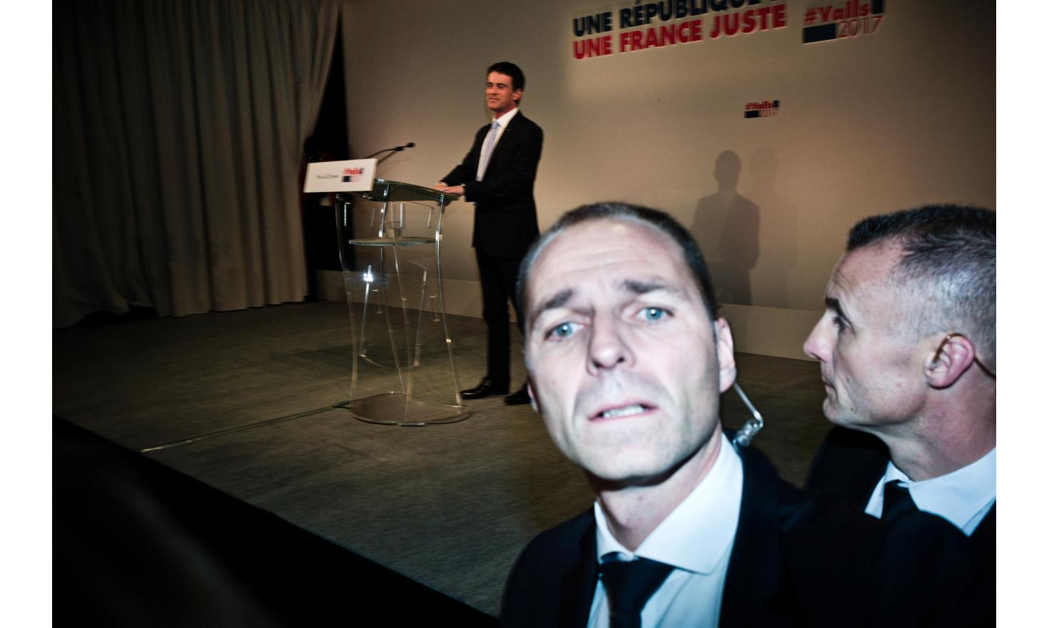 Manuel Valls during his parisian meeting at the Trianon in Paris during the first round of the PS primaries.
